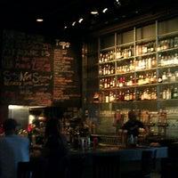 Das Foto wurde bei Amsterdam Bar & Hall von Maria R. am 8/11/2012 aufgenommen