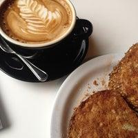 Снимок сделан в Espresso Profeta пользователем Francesca D. 6/21/2012