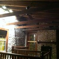 Das Foto wurde bei Sorrel Weed House - Haunted Ghost Tours in Savannah von Justin C. am 4/2/2012 aufgenommen