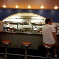 8/31/2012 tarihinde Geoff G.ziyaretçi tarafından Uptown Diner'de çekilen fotoğraf