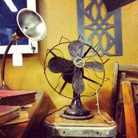 Das Foto wurde bei Philadelphia Salvage Company von Tim S. am 3/24/2012 aufgenommen