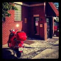 5/6/2012 tarihinde George K.ziyaretçi tarafından Star Tavern Pizzeria'de çekilen fotoğraf