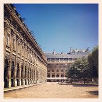 7/24/2012にJacques S.がJardin du Palais Royalで撮った写真