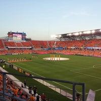 รูปภาพถ่ายที่ BBVA Compass Stadium โดย Greg G. เมื่อ 9/7/2012