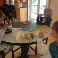 รูปภาพถ่ายที่ Waveriders Coffee & Deli โดย Kristine B. เมื่อ 8/23/2012
