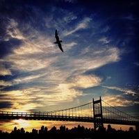 Das Foto wurde bei Astoria Park von Ryan M. am 3/3/2012 aufgenommen