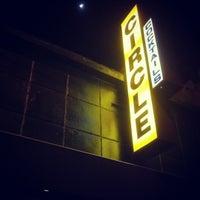 Foto tirada no(a) Circle Bar por Mina L. em 3/2/2012