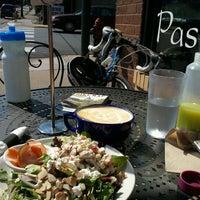 9/2/2012 tarihinde April L.ziyaretçi tarafından Chilkoot Cafe and Cyclery'de çekilen fotoğraf