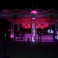 รูปภาพถ่ายที่ Cage Club Port Cratos โดย Derviş K. เมื่อ 8/25/2012