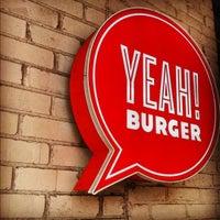 Photo prise au YEAH! Burger par Marcus A. le4/16/2012