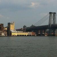 7/1/2012 tarihinde Phyllis F.ziyaretçi tarafından East River Park'de çekilen fotoğraf