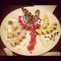 Foto diambil di Natsumi oleh Cathy C. pada 5/14/2012