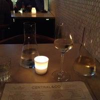 รูปภาพถ่ายที่ Central & Co โดย Sarune D. เมื่อ 7/3/2012