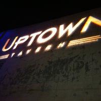 8/2/2012 tarihinde Kirkziyaretçi tarafından Uptown Tavern'de çekilen fotoğraf