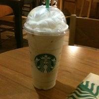 Foto scattata a Starbucks da George M. il 4/4/2012