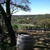 Снимок сделан в Driftwood Estate Winery пользователем Jonathan B. 3/4/2012