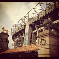 Das Foto wurde bei Twickenham Stadium von Rodrigo F. am 5/19/2012 aufgenommen