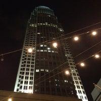 Das Foto wurde bei Connolly's On Fifth von YourMum L. am 4/28/2012 aufgenommen