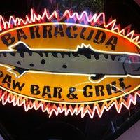รูปภาพถ่ายที่ Barracuda Taphouse & Grill โดย Seth P. เมื่อ 3/22/2012