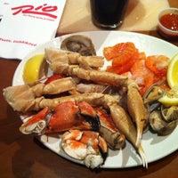 Das Foto wurde bei Village Seafood Buffet von Andrew am 8/8/2012 aufgenommen