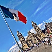 Foto tomada en Plaza de la Constitución (Zócalo) por Aram el 2/19/2012