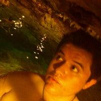รูปภาพถ่ายที่ Cenote San Ignacio โดย Carlos J. เมื่อ 7/19/2012