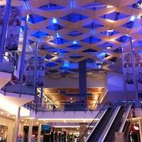 Foto tirada no(a) Mall Multiplaza Pacific por Jose Geraldo P. em 7/25/2012