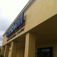 Снимок сделан в Goodwill пользователем Jeff O. 2/25/2012