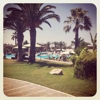 Снимок сделан в Sheraton Rhodes Resort пользователем Seb i. 8/14/2012