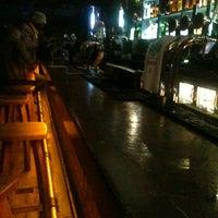 รูปภาพถ่ายที่ Lockside Lounge โดย Pedro P. เมื่อ 8/6/2012