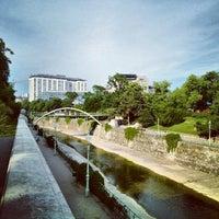 Das Foto wurde bei Stadtpark von Zoltán N. am 6/18/2012 aufgenommen