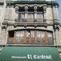 Foto scattata a El Cardenal da Gina A. il 5/20/2012