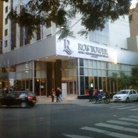 Снимок сделан в Ros Tower - Hotel, Spa & Convention Center пользователем Ruben N. 7/16/2012