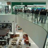 Foto scattata a Costa Urbana Shopping da Gonza il 4/29/2012