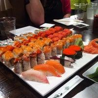 Foto tirada no(a) Sushi X por Lissa B. em 3/17/2012