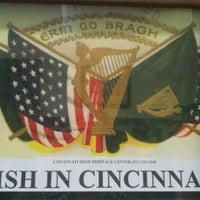 Foto tirada no(a) Irish Heritage Center of Greater Cincinnati por Christine H. em 6/2/2012