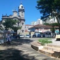 Das Foto wurde bei Praça Cornélia von Monica H. am 4/10/2012 aufgenommen
