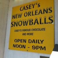 Foto scattata a Casey's New Orleans Snowballs da Bridget Michelle il 4/24/2012