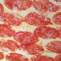Foto scattata a Domino's Pizza da EDUARDO L. il 8/21/2012