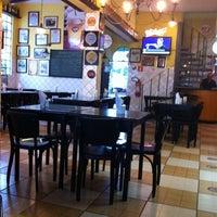 Foto scattata a Blend Bar da Daniel M. il 2/13/2012