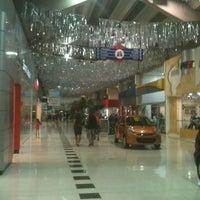 2780f7c8111 ... Foto tirada no(a) Auto Shopping Aricanduva por Jorge L. em 7  ...