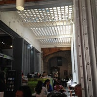Foto diambil di MUMEDI Café & Shop oleh Michael S. pada 7/8/2012