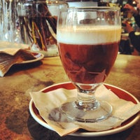 Photo prise au SOMA chocolatemaker par Hayley W. le4/28/2012