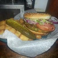 Das Foto wurde bei Freddy's Bar von Stan K. am 7/16/2012 aufgenommen