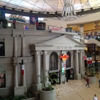Foto diambil di Forum Cancún oleh Pablo R. pada 9/13/2012