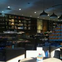 9/13/2012 tarihinde Kemal Gökhan U.ziyaretçi tarafından Kahve Dünyası'de çekilen fotoğraf