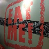 Foto diambil di Pinky's oleh Rafa R. pada 2/25/2012