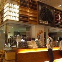 5/27/2012 tarihinde kunio n.ziyaretçi tarafından Café & Meal MUJI'de çekilen fotoğraf