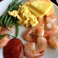 Снимок сделан в Newport Grill пользователем Allan M. 4/22/2012