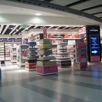 2/11/2012 tarihinde Astroboy S.ziyaretçi tarafından George Best Belfast City Airport (BHD)'de çekilen fotoğraf
